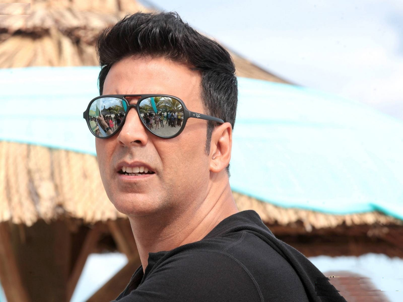 Akshay Kumar Photos Images Wallpapers Pics Download