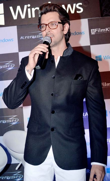 Hrithik-Roshan-Height-Weight-Age-Biography