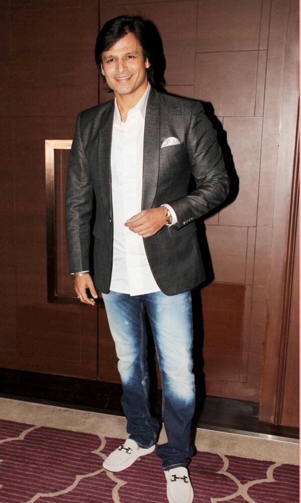 Bollywood Star Vivek Oberoi Hot Photos Pics Download