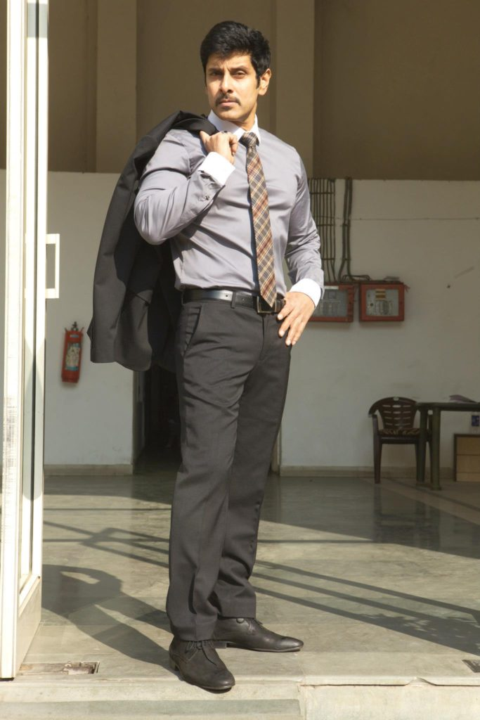 Vikram Hot Looking Pics Free Download