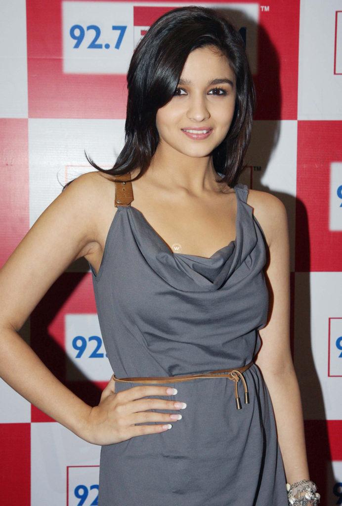 Alia Bhatt Hot Boobs Images