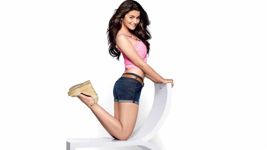 Bollywood Actress Alia Bhatt Cute Images