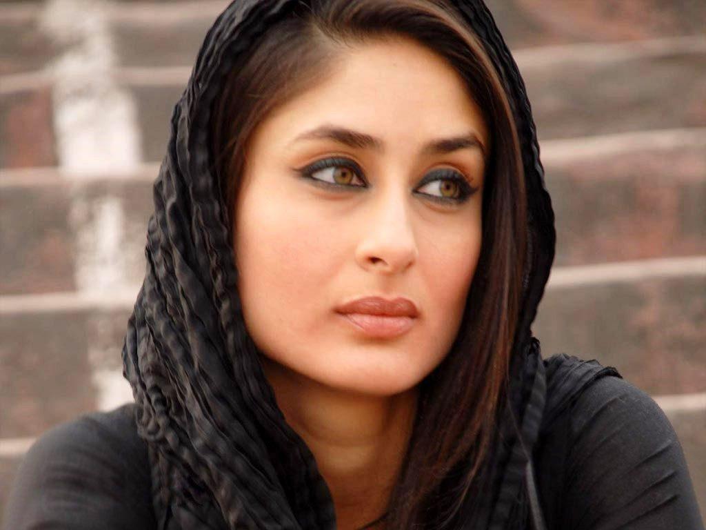 Kareena Kapoor Burka Images
