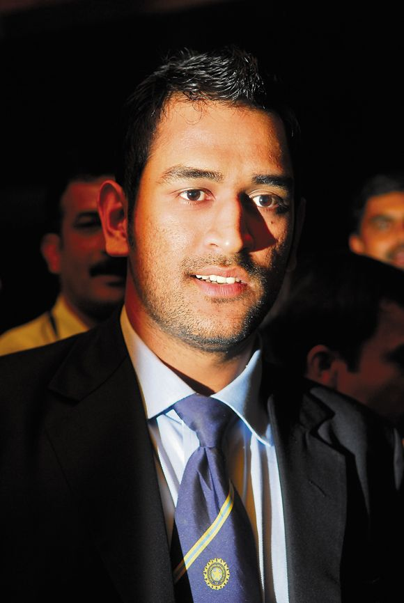 Mahendra Singh Dhoni Attractive Full HD Images