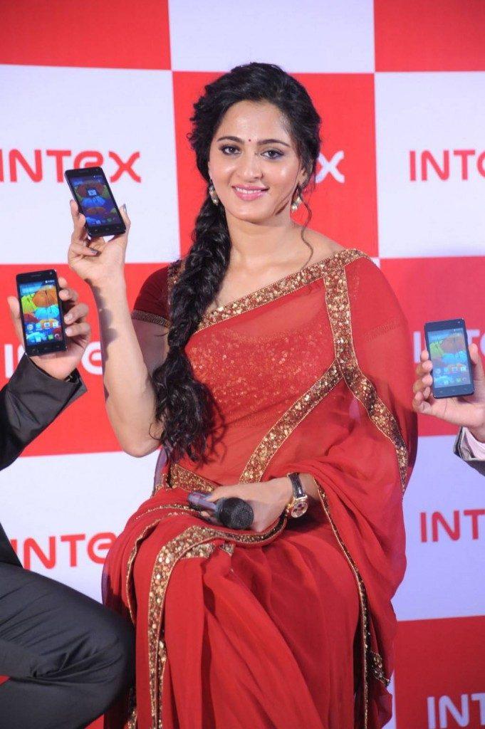 Anushka Shetty Lovely Images