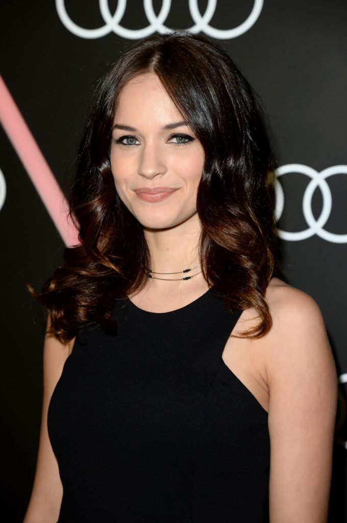 Alexis Knapp Sexy Wallpapers
