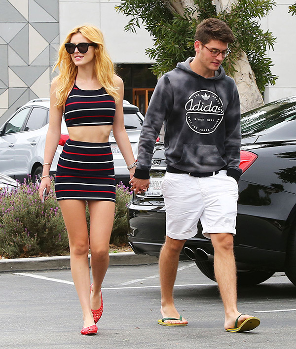 Bella Thorne With His Boyfriend Images HD