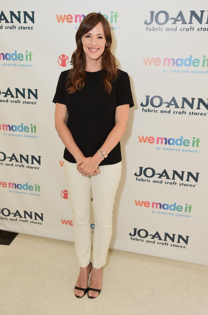 Jennifer Garner Hot Boobs Pictures Images