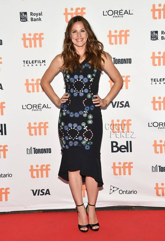 Jennifer Garner Hot Look In Back Side