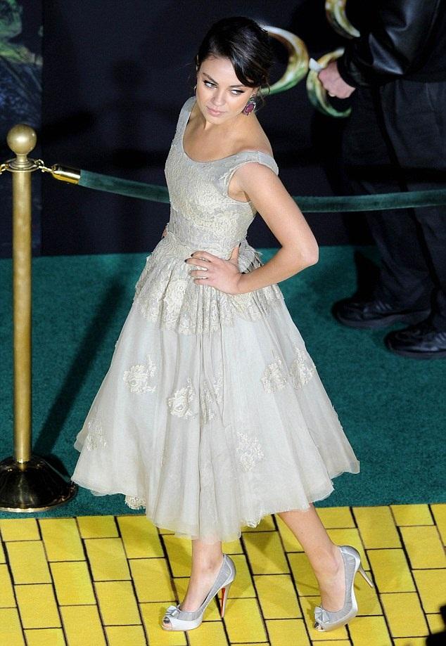Mila Kunis Hot Look In Bra Panty Photos