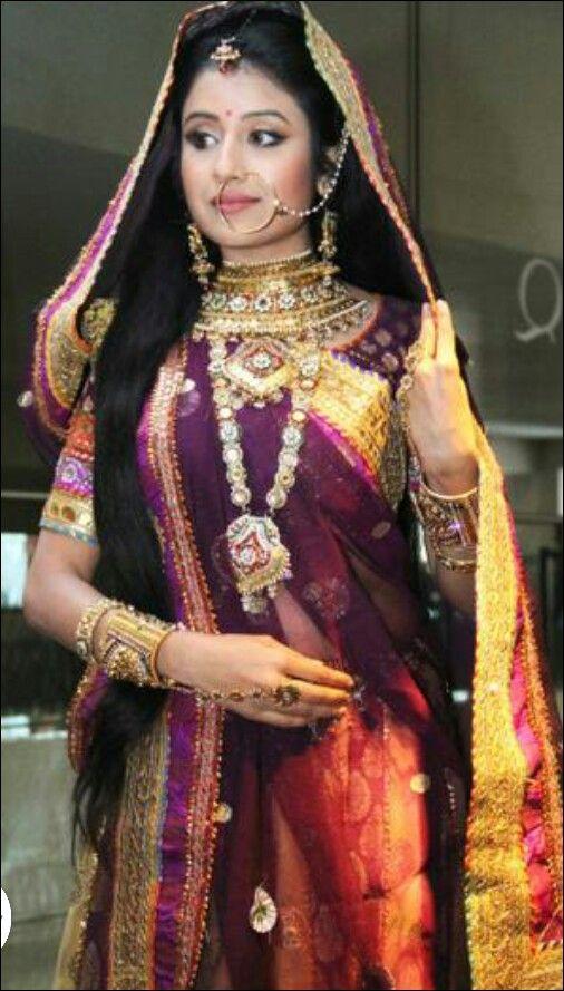 Paridhi Sharma Hot HD Photos and Wallpapers