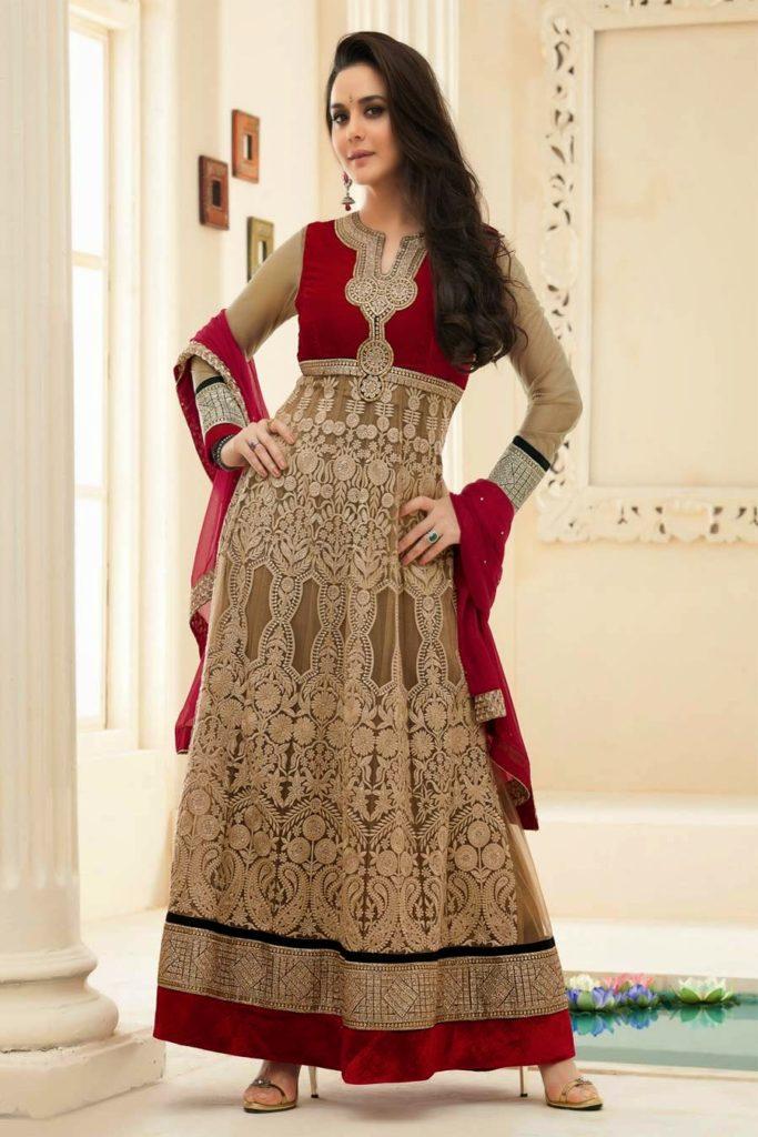 Preity Zinta Hot Look In Salwaar