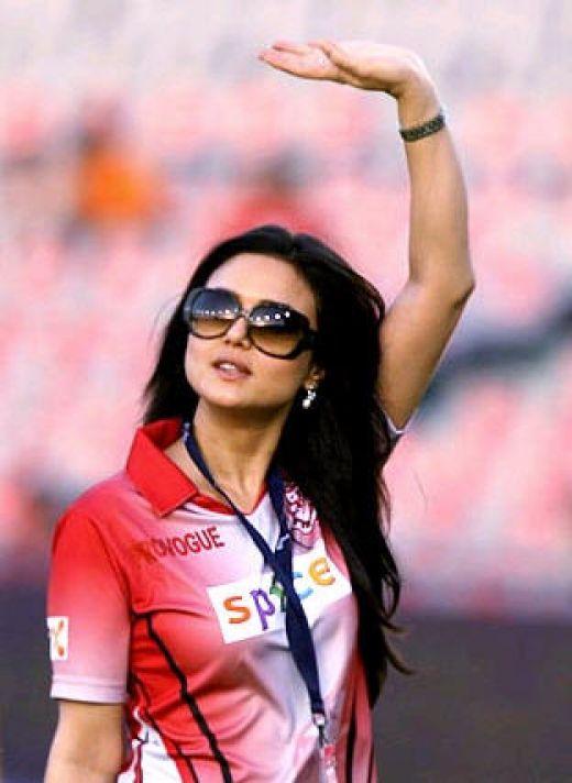Preity Zinta Latest HD Pics