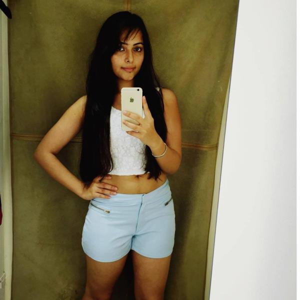 Aanchal Munjal Hot Navel Pictures In Bra Panty