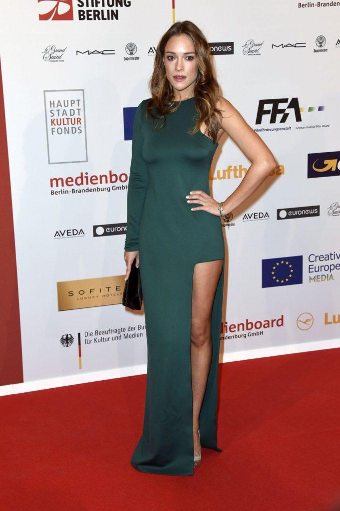Alicja Bachleda At Award Show Pics Full HD