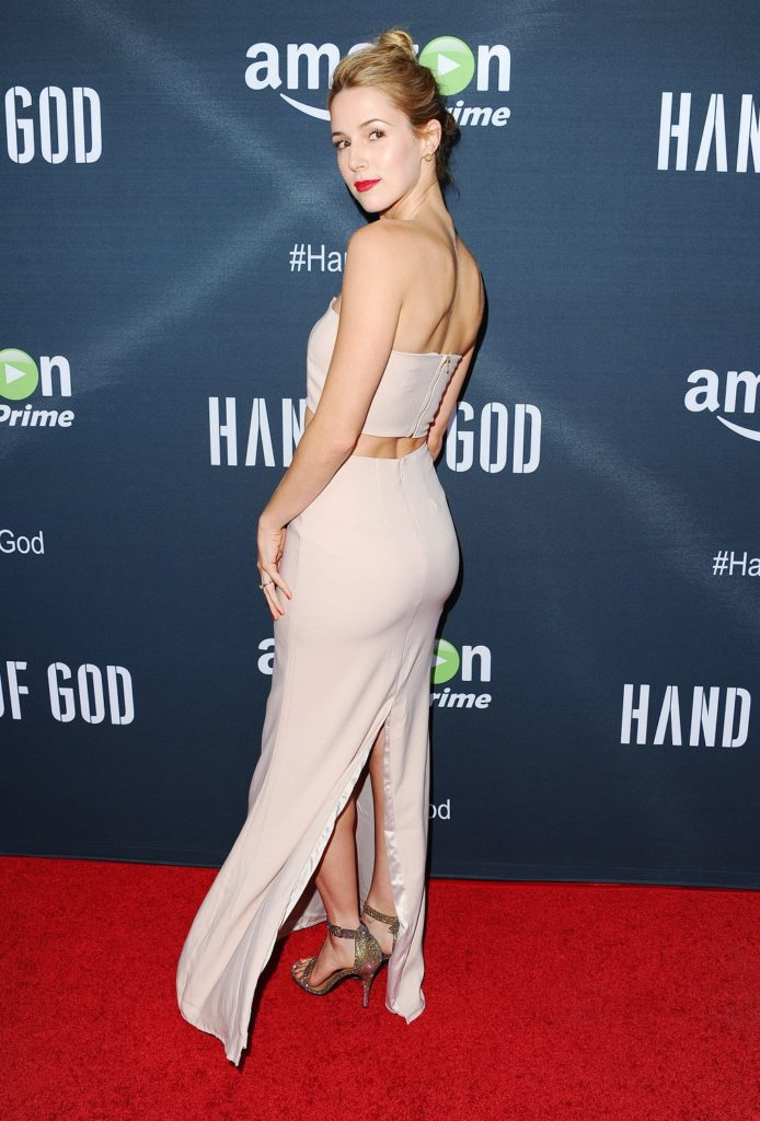 Alona Tal In Backless Cloths HD