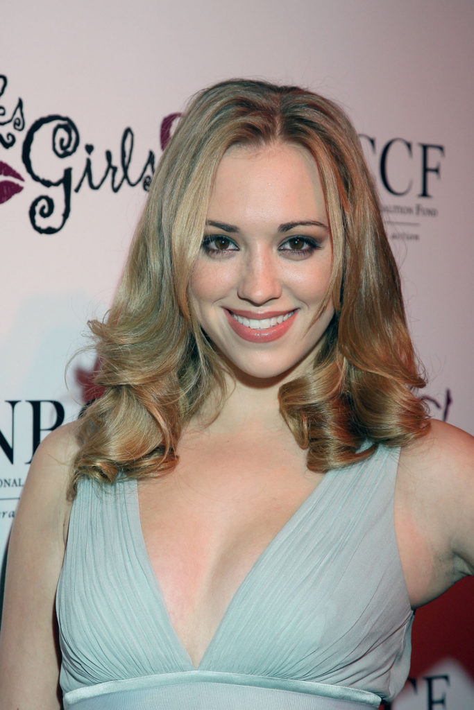 Andrea Bowen Hot Boobs Showing Images