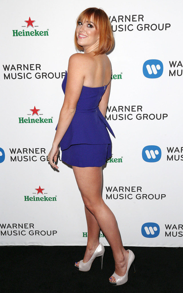 Andrea Bowen Sexy Backside Backless Images