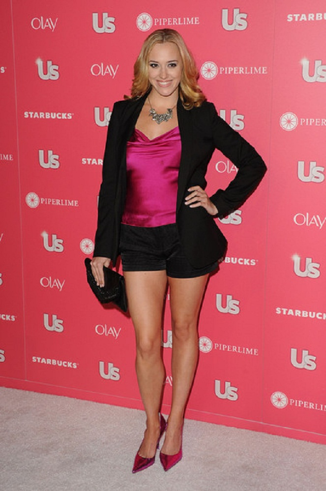 Andrea Bowen Upcoming Movie Look Images