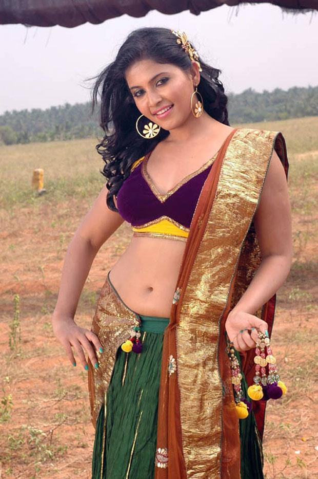 Anjali Hot Navel Images In Gagra Choli