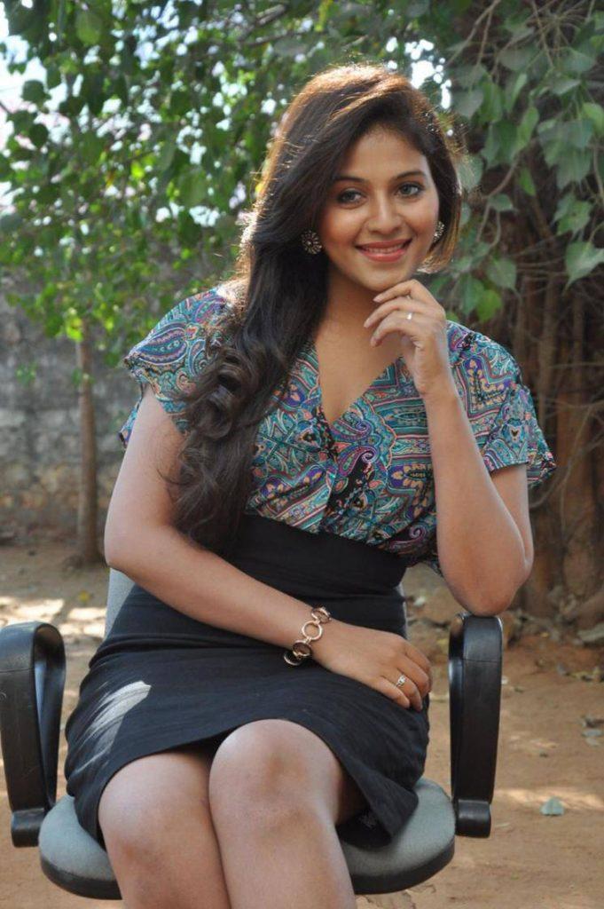 Anjali Photos For Profile Pics