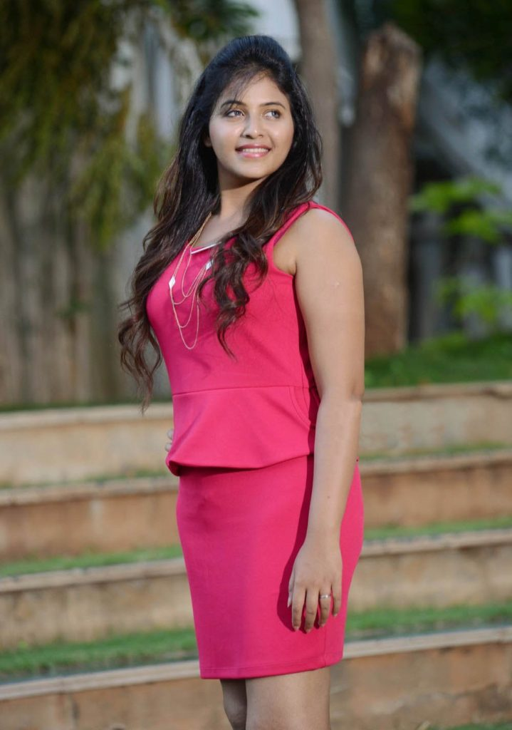 Anjali Pictures In Short Cloths
