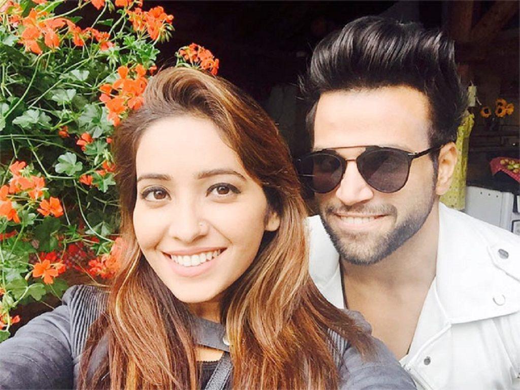 Asha Negi Beautiful Images With His Boyfriend