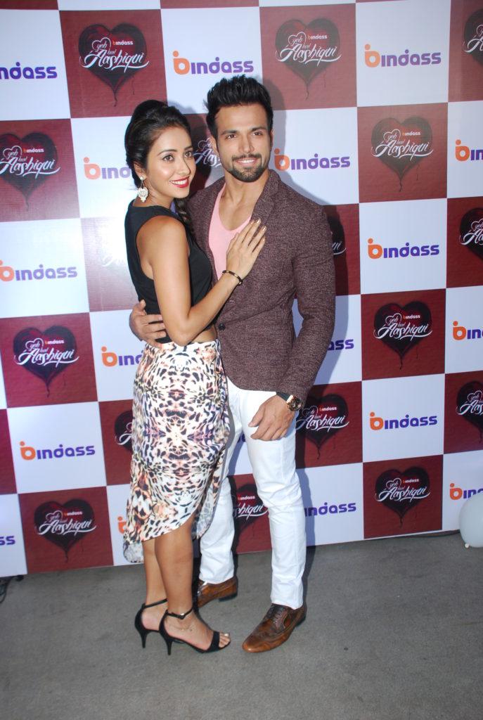 Asha Negi Images With Boyfriend