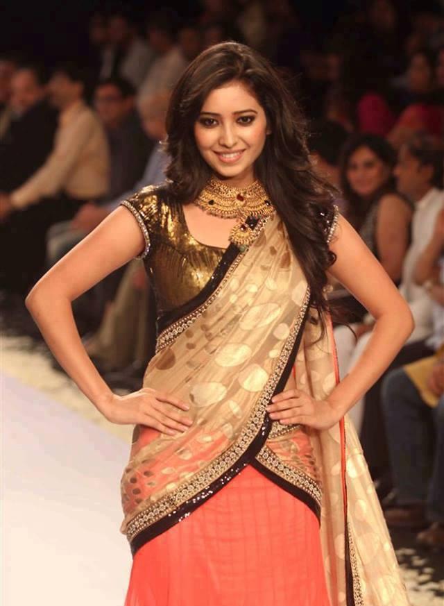 Asha Negi Pictures At Rampwalk