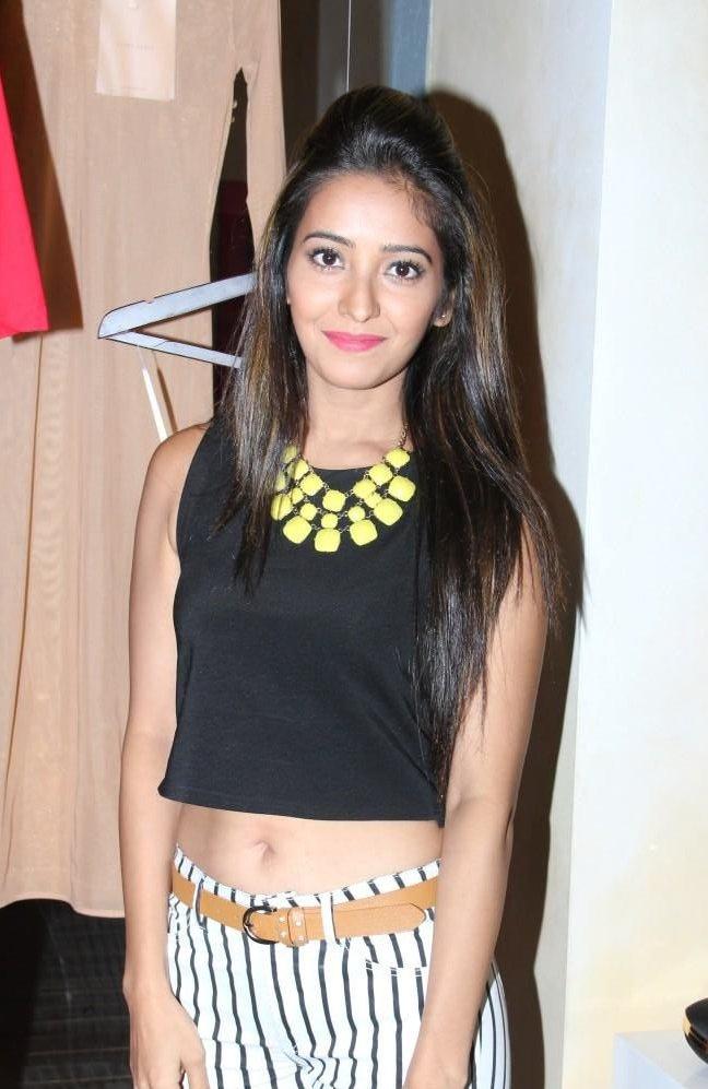 Asha Negi Sexy Photos