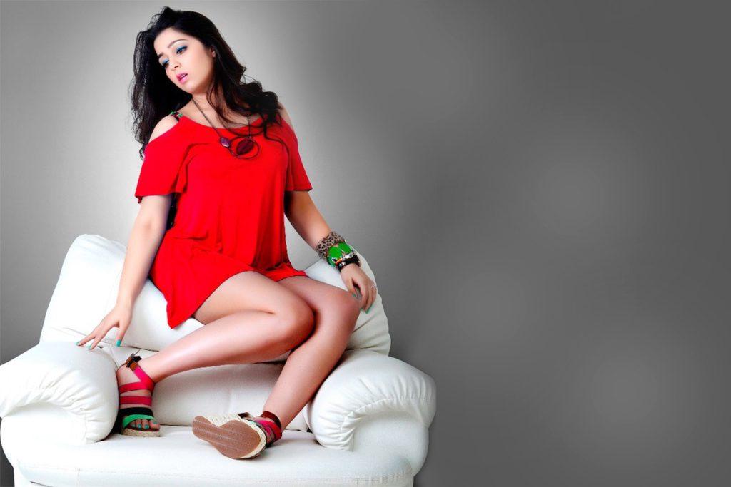 Charmy Kaur Sexy Legs Wallpapers