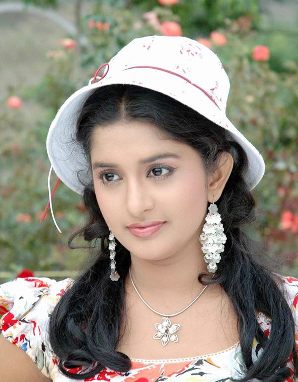 Meera Jasmine Attractive Images