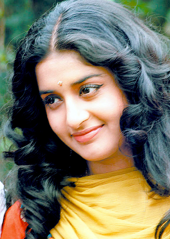 Meera Jasmine Beautiful Photos
