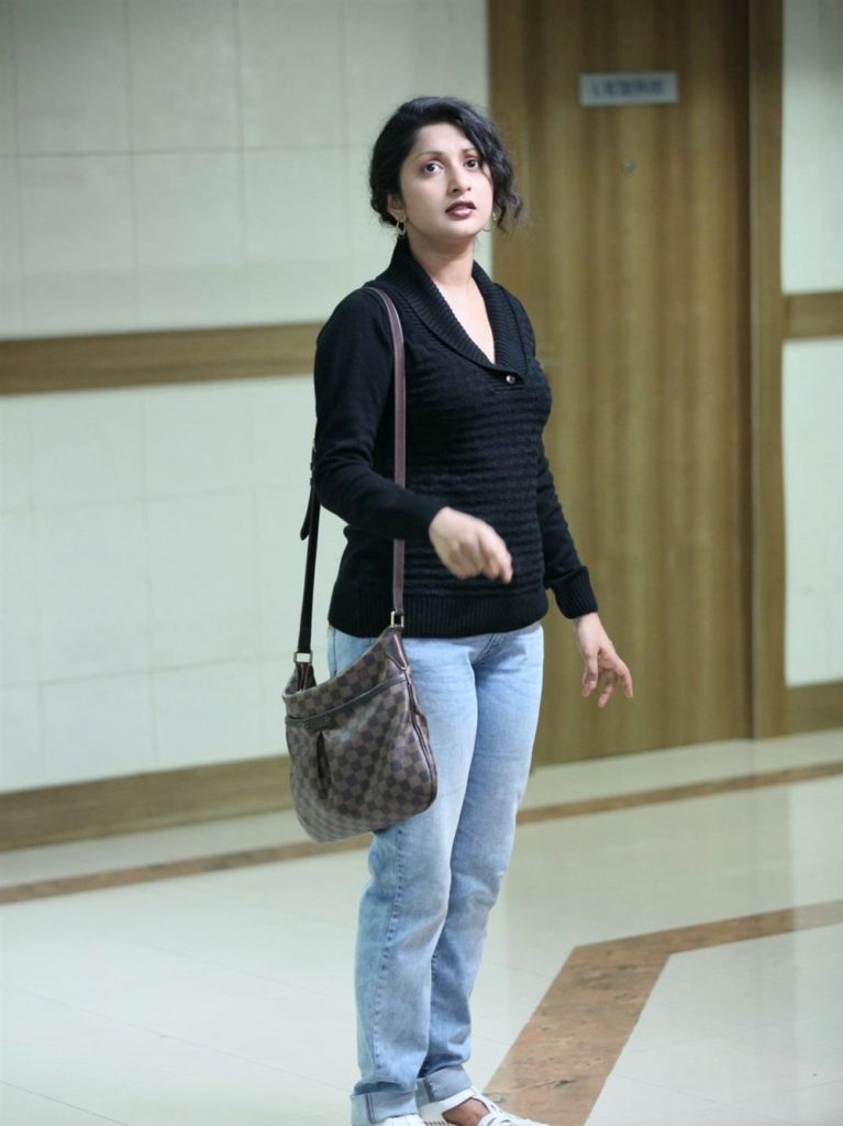 Meera Jasmine Bombastic Photoshoots In Jeans Top