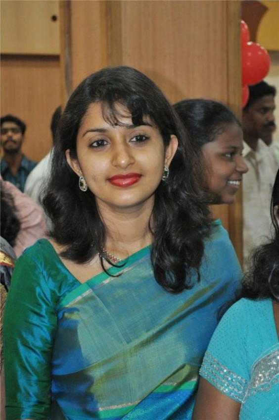 Meera Jasmine Charming Pictures