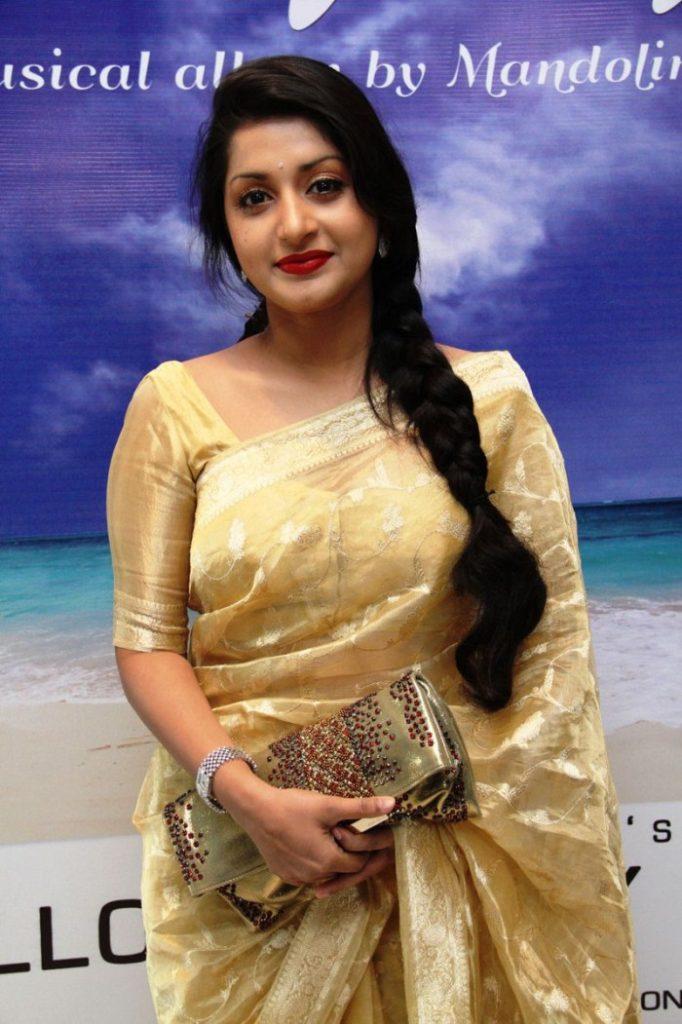 Meera Jasmine Latest Hair Style Images