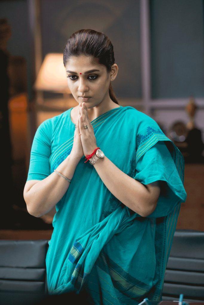 Nayanthara In Saree HD Images