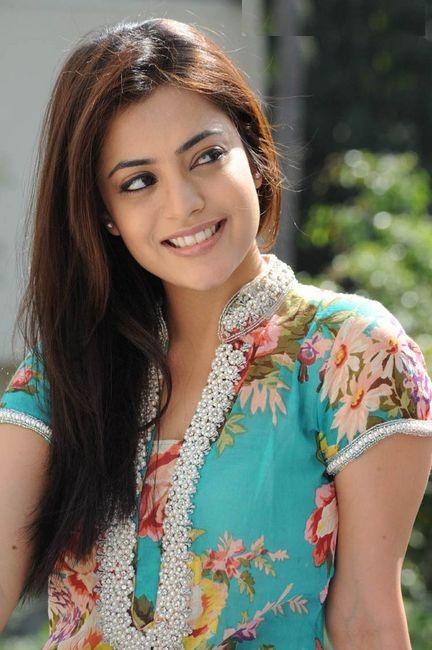Nisha Agarwal Latest Hair Style Images