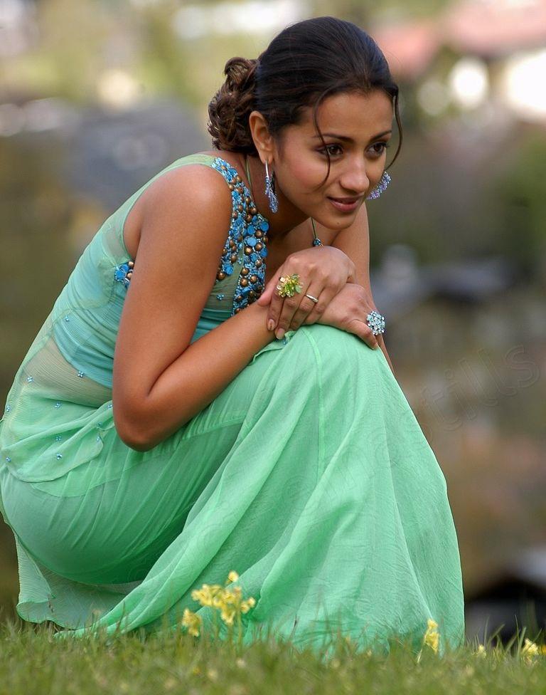 Trisha Krishnan HD Photoshoot Unseen Pics