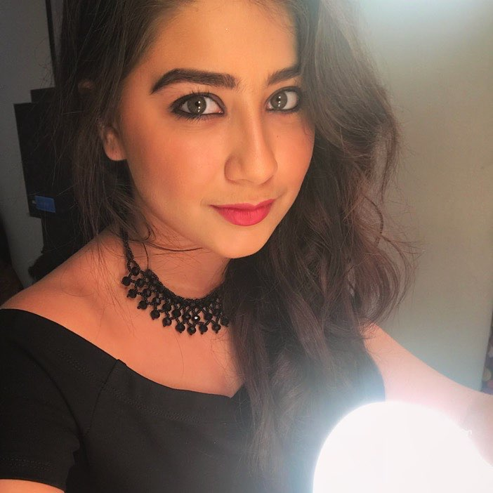 Aditi Bhatia Hot Wallpapers