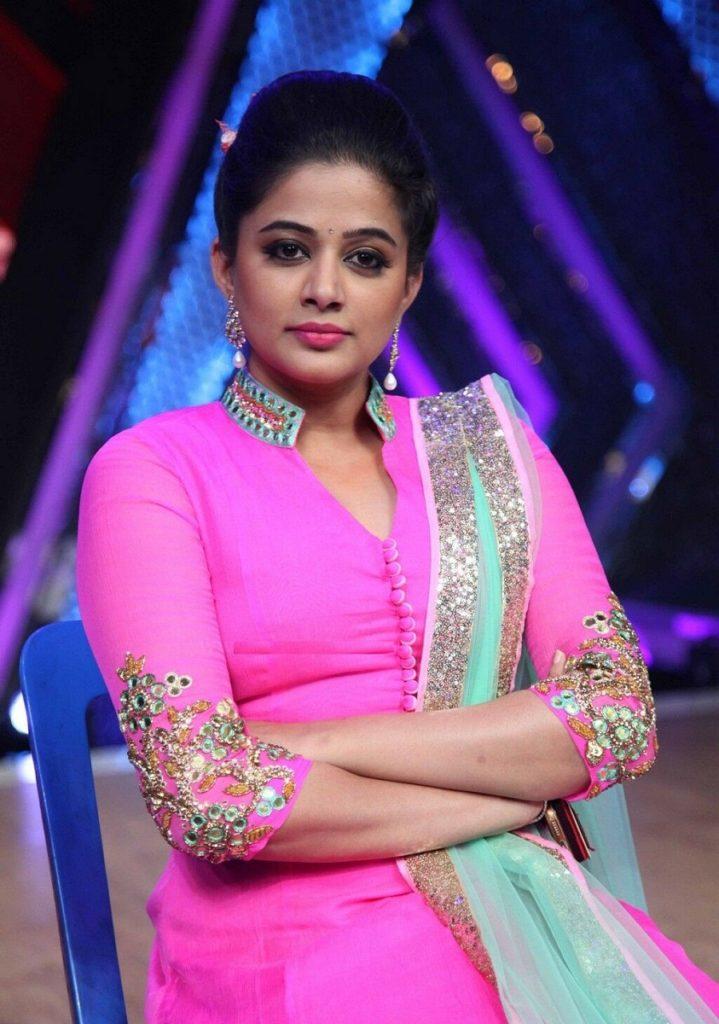 Priyamani Photos At Award Show