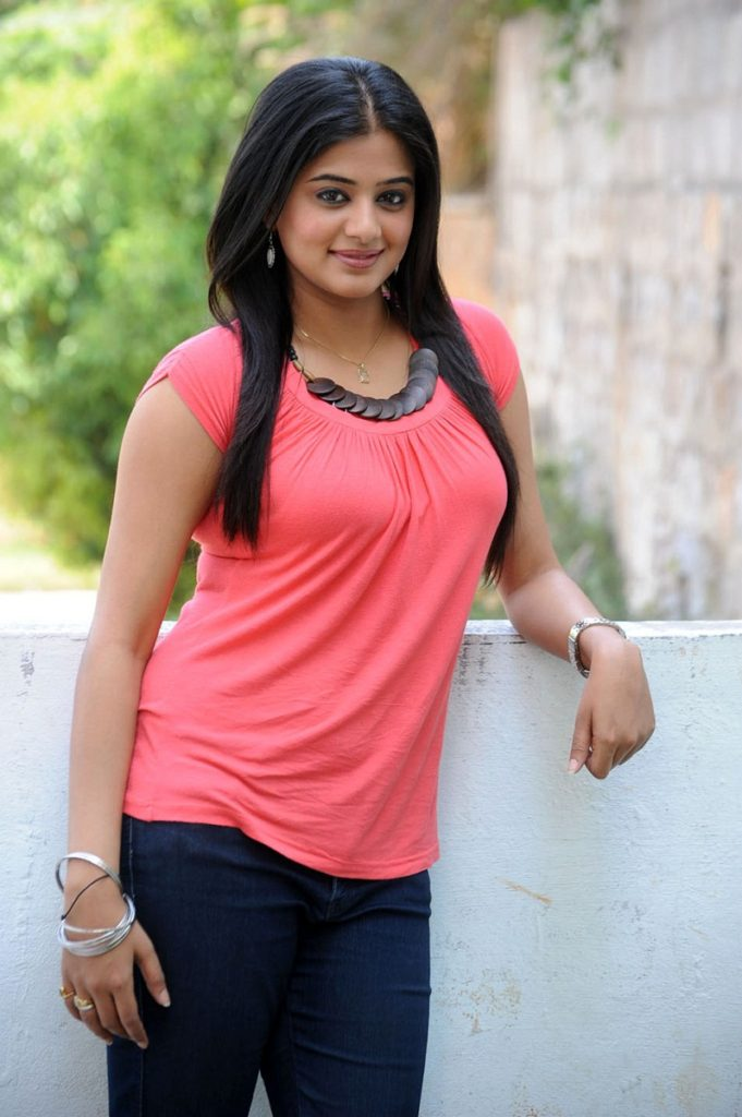 Priyamani Photos Download