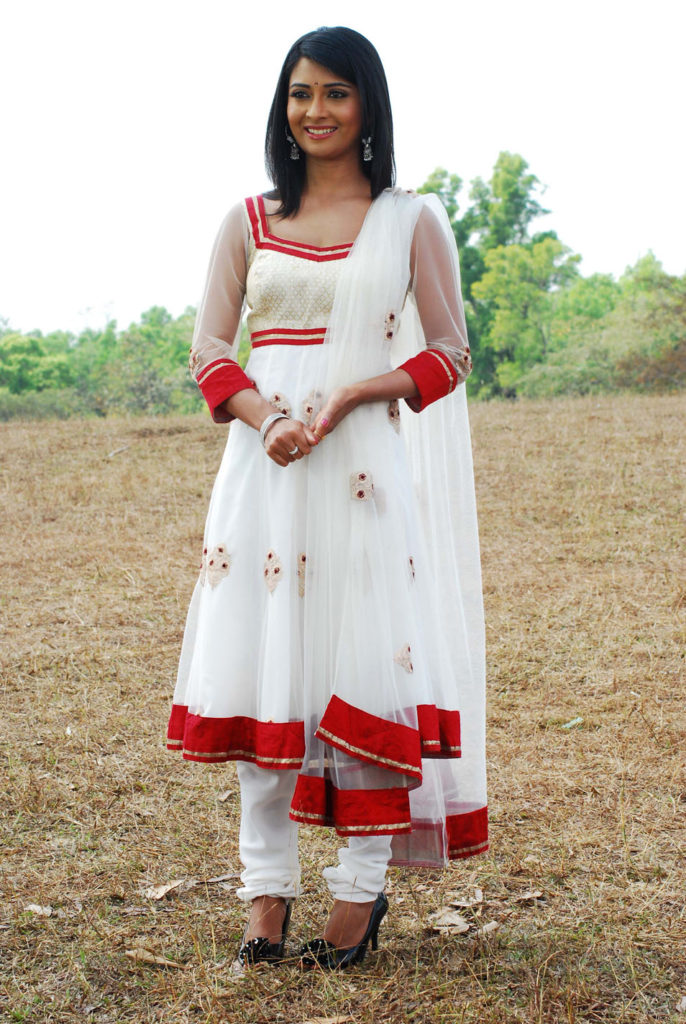 Radhika Pandit Bold & Beautiful Images