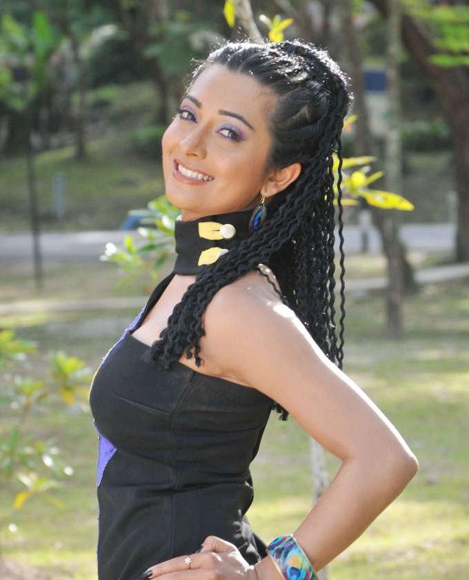 Radhika Pandit Lovely & Cute Photoshoots