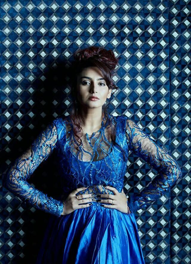 Ragini Dwivedi Attractive Images