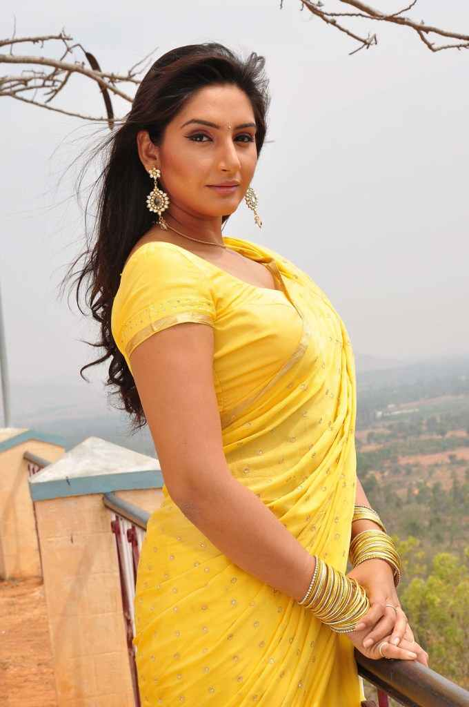 ragini dwivedi hot amp sizzling pictures photos amp hd images
