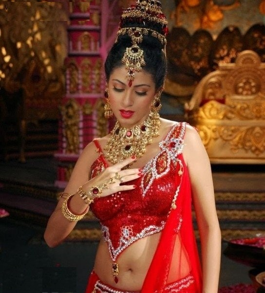 Sadha Cute & Lovely Pictures