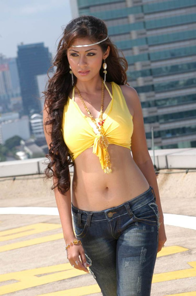 Sadha Hot Navel & Boobs Showing Images In Jeans Top