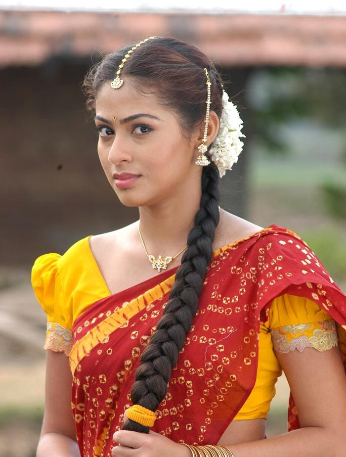 Sadha Latest Hair Style Images