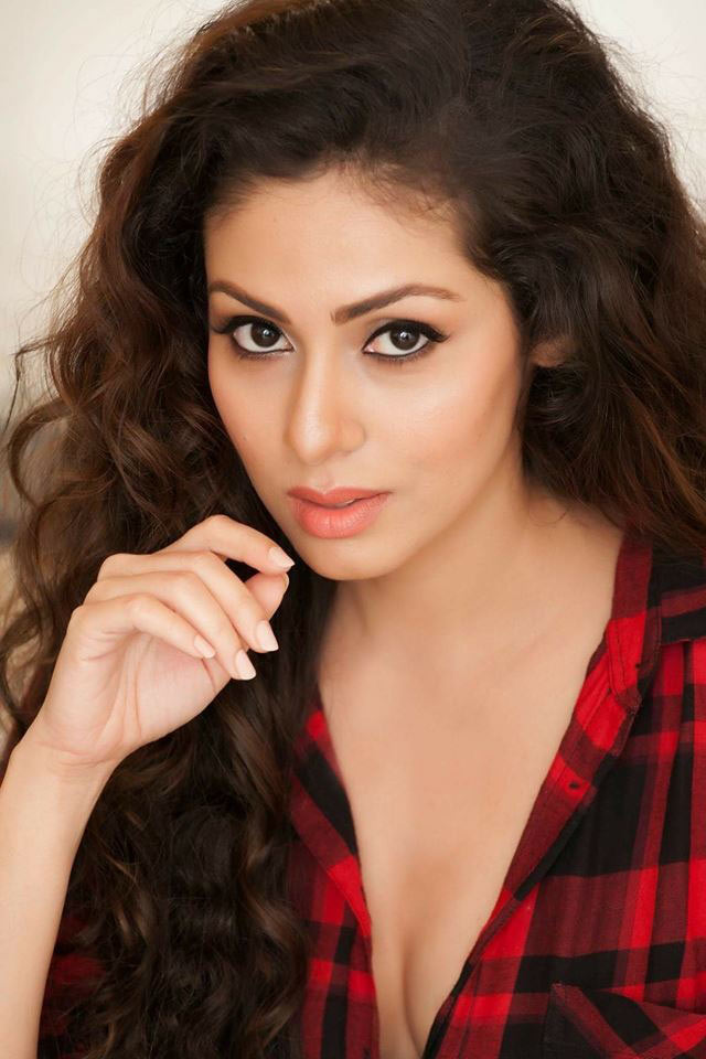 Sadha Nice Wallpapers
